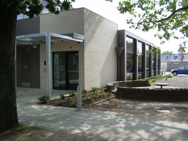 Kyneton Library